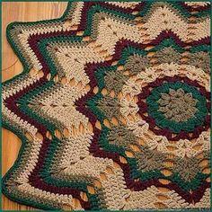 Belíssimo tapete de crochê para Sala, Maravilhosa combinação de cores..