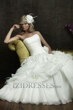 Ball Gown Strapless Organza Luxury Wedding Dresses
