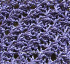 Diagonal Crepe Stitch ❤ http://www.youtube.com/watch?v=pns65KPduhY