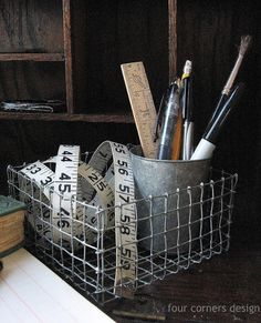 four corners design: Wonderfully wired. Detailed instructions for making wire baskets. lovely, useful, and I think I can do that