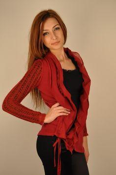 Bluza rosie cu inchidere asimetrica