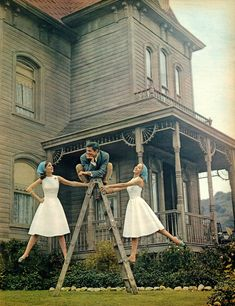 """11 Photos That Will Instantly Cure Your Fear Of Horror Movies: 10. Norman Bates was a real funny guy. - """"Psycho"""""""