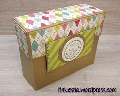 Heute zeige ich euch wieder eine kleine Auftragsarbeit für meine liebe Mutti, die damit ihre Kollegin zum Geburtstag überraschen möchte. Diese sogenannte Stationarybox kann man unterschiedlich füll…
