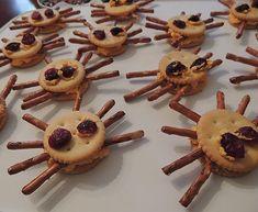 Spider Pretzel Cracker Halloween Snack