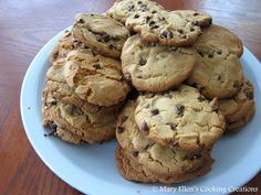 Mary Ellen's Cooking Creations: Peanut Butter Chocolate Chip Cookies