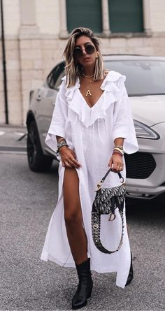 Vogue Fashion, Daily Fashion, Modest Fashion, Fashion Dresses, Mode Simple, Street Style, Lookbook, Casual Chic, Summer Dresses