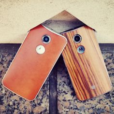 Choose to be unique with the Moto X. Mental accents, colorful hues, real woods and leathers, and a customizable laser-etched signature offer thousands of ways to make your Moto X unique.