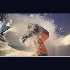 Face shot Grassroots Powdersurfing  No bindings make it truly surfing on snow!  #snowsurfing
