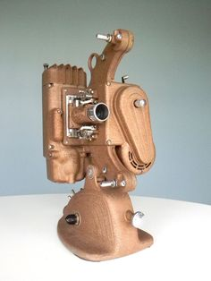 Vintage Art Deco Silent Movie Projector (Nearly identical to the one I own, possibly a Keystone? Old Cameras, Vintage Cameras, Cinema Projector, Photo Deco, Art Deco Decor, Movie Camera, Camera Gear, Photography Camera, Vintage Items