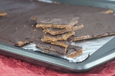 Easy recipe for graham cracker toffee with chocolate on top. Great holiday dessert you can make in a pinch.