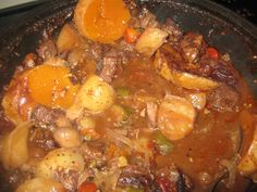 Beef/bees – Page 4 – Kreatiewe Kos Idees South African Recipes, Ethnic Recipes, Budget Meals, Pot Roast, Side Dishes, Curry, Beef, Snacks, Afrikaans