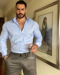 Hot Army Men, Hot Men, Hot Country Men, Hot Suit, Stylish Mens Outfits, Mens Style Guide, Well Dressed Men, Suit And Tie, Mode Outfits