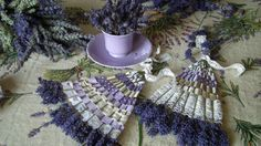 Levanduľový vejár Lavender Wands, Lavender Crafts, Lavender Wreath, Lavender Garden, Lavender Sachets, Easy Crafts, Diy And Crafts, Arts And Crafts, Nature Crafts