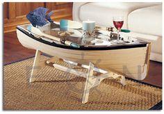 mesa hecha con barca reciclada.19bis.com