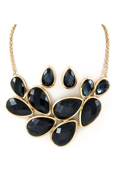 Manuela Necklace in Black Diamond