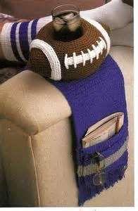 Crochet Blankets For Men -Football Armchair Caddy Crochet Pattern Crochet Men, Love Crochet, Crochet Gifts, Easy Crochet, Crochet Hooks, Crochet For Beginners Blanket, Crochet Blanket Patterns, Crochet Blankets, Crochet Football
