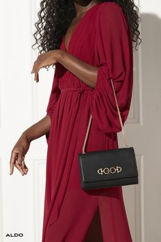 A great outfit needs some arm candy. Shop the new occasion handbag collection at aldoshoes.com and find your perfect match.
