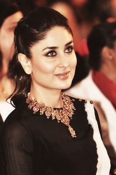 Statement necklace #kareena