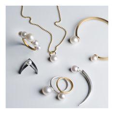 Combine the different pearl jewelry #janekønig #janekoenig