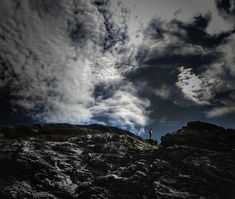 Reach the top  . . . #agameoftone #travellovers #traveladdict #landscape #landscaper #landscapelovers #natureonly #naturephotography #natureart #artofnature #natureshots #bestnatureshot  #nature_wizards #ournaturedays #cettesemainesurinstagram #welivetoexplore #sheisnotlost #worldcaptures #hiking #topview #artofvisuals #sea #sealovers #haveawalk #getoutdoors #nikontop #nikoneurope #nikonfr #nikonforever
