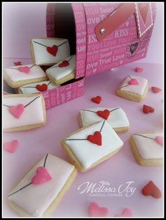 Valentine's Day Cookies Valentine Desserts, Valentines Day Cookies, Valentines Baking, Holiday Cookies, Valentine Crafts, Summer Cookies, Birthday Cookies, Valentine's Day Sugar Cookies, Fancy Cookies