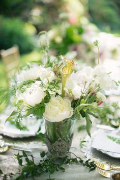 Wedding Centerpiece by CelsiaFlorist.com | Photography: MelissaGidneyphoto.com | Event Design: CountdownEvents.com | #Provence Inspiration see more http://www.stylemepretty.com/2013/11/06/provence-inspiration-shoot-from-melissa-gidney-countdown-events