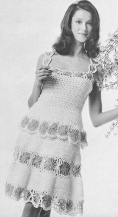 Vintage 1970s Dress 70s Daisy Chemise Dress Crochet Pattern Boho Hippie Disco PDF 7204 Size 8 10 Medium Large M L