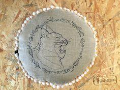 PanFelicjan - poduszka z kotem, pompom pillow