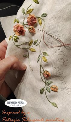 Brazilian Embroidery Stitches, Cross Stitch Embroidery, Hand Embroidery, Botanical Illustration, Handmade, Beautiful, Hand Embroidery Patterns, Crochet Dolls, Embroidered Roses