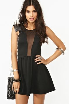 Cut your getting ready time in half with dresses that do all the work for you. From mini to maxi dresses and everything in between, it's time to dress to impress babe Total Black, Party Wear Dresses, Dress Outfits, Beautiful Dresses, Nice Dresses, Star Fashion, Womens Fashion, Lil Black Dress, Vogue