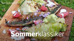 Makrell med sommerkål på grillen Avocado Toast, Breakfast, Food, Crickets, Morning Coffee, Essen, Meals, Yemek, Eten