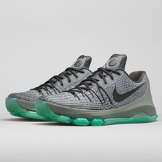a2084324324b Instagram post by Sneaker News • Aug 25