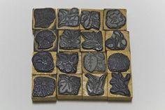 1つ500円お花柄スタンプ水仙スミレパンジーアンティーク インテリア 雑貨 家具 Antique stamp ¥500yen 〆05月01日