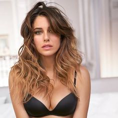 Blanca Suarez, is one of the revelations of Spanish cinema Trending Hairstyles, Mode Inspiration, Ombre Hair, Beautiful Actresses, Hair Looks, Indian Beauty, Look Fashion, Gorgeous Women, Beauty Women