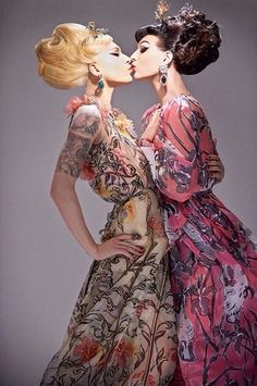 Rupaul's Drag Race season 8 Winner, Violet Chachki, and contestant Miss Fame by Ali Mahdavi for Candy Magazine Valentina Drag, Tamara Lempicka, Drag Queens, Rupaul Drag Queen, Looks Cool, Lady, Beautiful People, Pretty, Paper Fashion