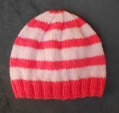 Ensemble Layette pour (tutos chaussons et bonnet) - Knitting And Crocheting Crochet Hats For Boys, Baby Hats Knitting, Loom Knitting, Knitted Hats, Knitting Patterns, Crochet Beanie, Crochet Baby, Knit Crochet, Baby Couture