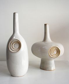 Dee Adams ceramic vessels, incised patterns