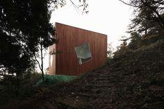 yuusuke karasawa architects: villa kanousan of cubic voids - designboom | architecture