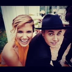 Pin for Later: Stars Let Loose in This Week's Cutest Celebrity Candids Justin Bieber hung out with Sophia Bush at his friend Scooter Braun's wedding. Source: Instagram user sophiabush