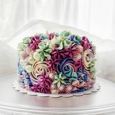 Floral Cake Design birthday cake 15 Beautiful Cake Designs that Are Out of This World Wilton Cakes, Cupcake Cakes, Smash Cakes, Sweets Cake, Fondant Cakes, Beautiful Cake Designs, Beautiful Cakes, Amazing Cakes, Sprinkles
