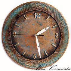 Dla odmiany zrobiłam......Zegar Modern:)))))   Nie zanudzam Was tymi zegarami????   Jeszcze kilka wariacji na temat powstaje.   Tym razem...