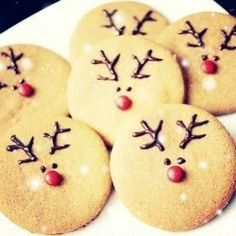 Cute and easy reindeer cookies