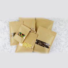 Wedding Gift Bags, Wedding Candy, Candy Packaging, Jewelry Packaging, Paper Gift Bags, Paper Gifts, Cheap Gift Bags, Kraft Bag, Bag Display