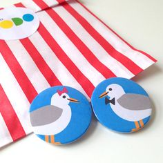 Seagull Badges Seagull Buttons Cute couple, wedding Button Badges by helloDODOshop