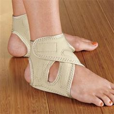 Relieve pain of plantar fasciitis and heel spurs with Heel Seat Wraps.