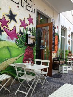 Rootz - Veggy/vegan burger place in Kreuzberg, Berlin
