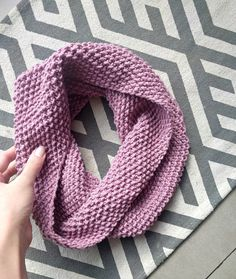 If you know how to knit and purl, you can make this scarf! Seed stitch is just that; alternating knits and purls every other row. This stitch hides tensi