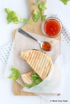 pita tosti met kip Food Concept, Avocado, Dairy, Food And Drink, Bread, Cheese, Snacks, Lunches, Plant