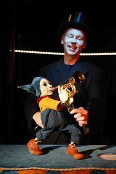 Sirkuksen poika, puppet by Iida Vanttaja www.puppetstuff.fi