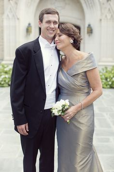 Gorgeous mother-of-the-groom style.